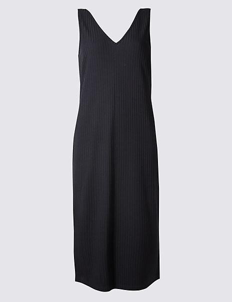 Ribbed Side Split Midi Dress
