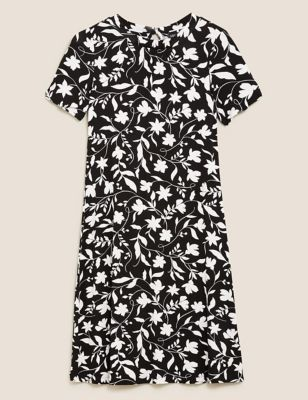 Floral Round Neck Swing Dress