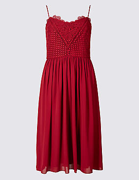 Floral Lace Gathered Hem Slip Midi Dress