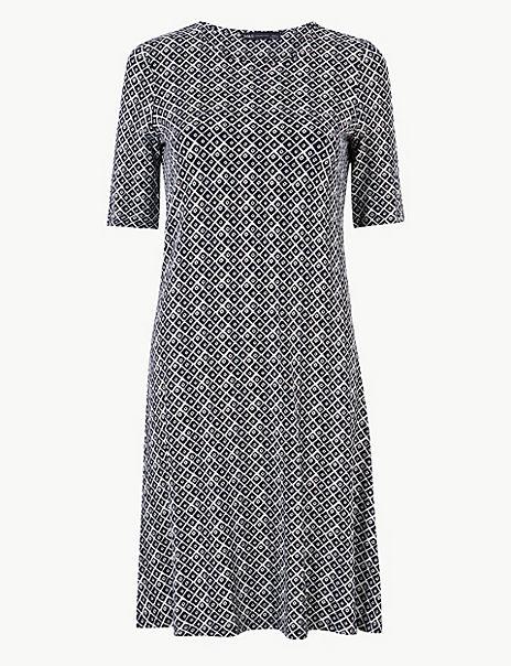 Geometric Print Jersey Swing Dress