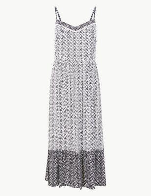 0d5e7cddb125 Geometric Print Slip Midi Dress £29.50