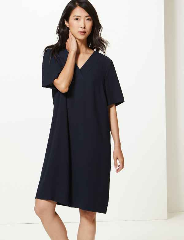 eb44a0e336f34 Crepe Knee Length Shift Dress