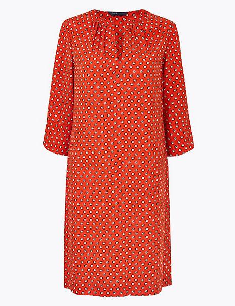 Ditsy Print 3/4 Sleeve Shift Dress