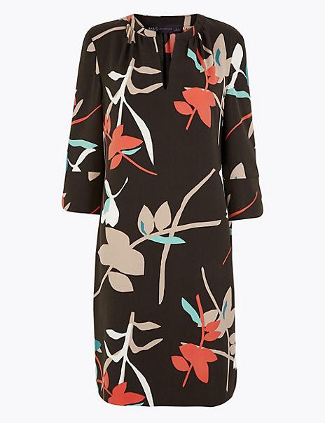 Crepe Floral Shift Dress