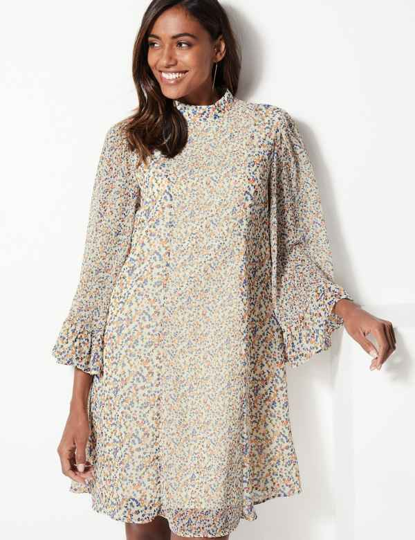 eb3be5e7224 Floral Print Long Sleeve Swing Mini Dress