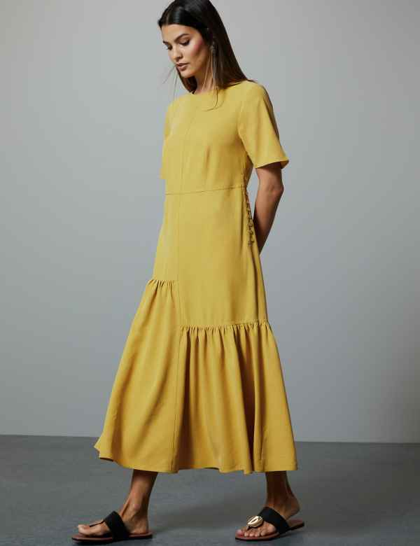 b9dc7de33cf7 Asymmetric Relaxed Midi Dress