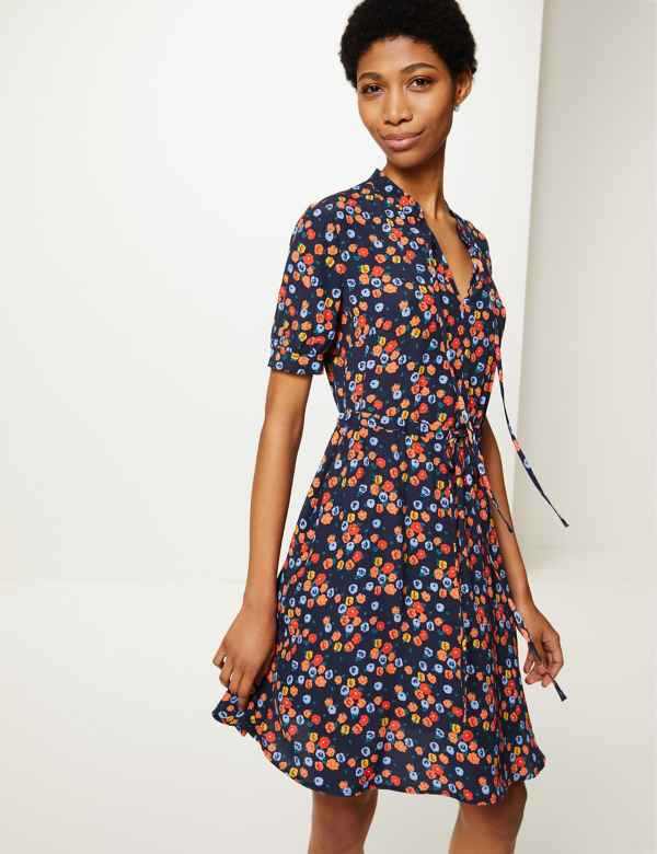 2be0f7295015 Floral Print Mini Waisted Dress