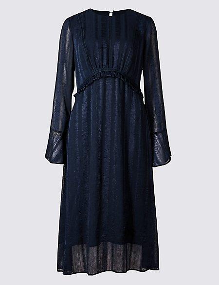 Textured Long Sleeve Shift Midi Dress