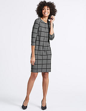 Checked 3/4 Sleeve Shift Dress