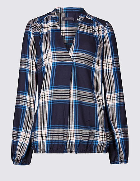 PETITE Checked Notch Neck Long Sleeve Blouse