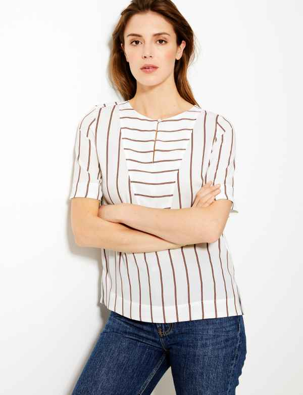 5bddae23984035 Striped Button Detailed Blouse