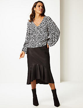 Printed V-Neck Long Sleeve Blouse