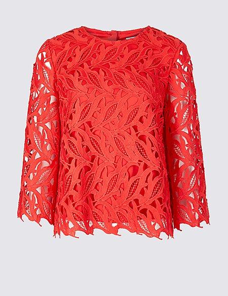 Lace Round Neck 3/4 Sleeve Blouse
