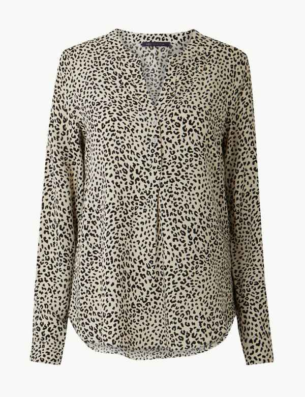 f35bfab6a01fa Animal Print V-Neck Long Sleeve Blouse