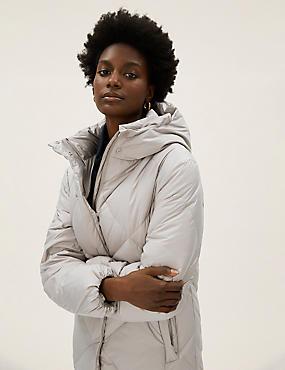 Abrigo acolchado estilo plumífero de plumas y plumón