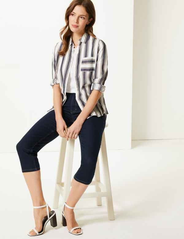 123a6cbe11182 Mid Rise Straight Leg Cropped Jeans. M&S Collection