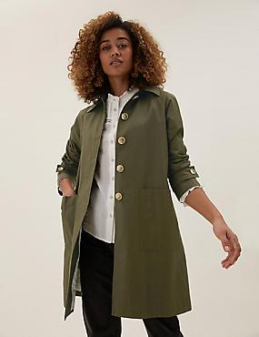 Cazadora con capucha