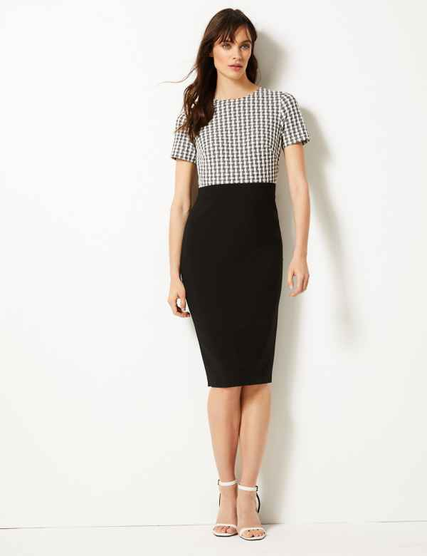 2a8335180f853 Gingham Bodycon Dress. M&S Collection
