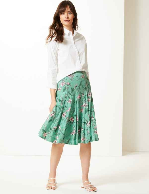 3133d22f26882 Floral Print Fit   Flare Skirt