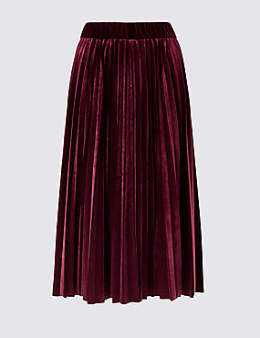 CURVE Pleated Skirt