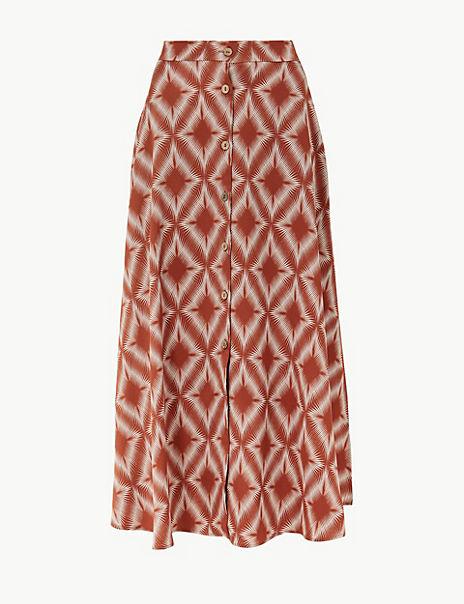 Diamond Print Button Detailed A-Line Maxi Skirt