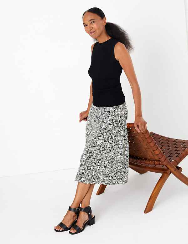 3e1eb3edeb1659 Womens Work Skirts | Smart Pencil Skirts For Work | M&S