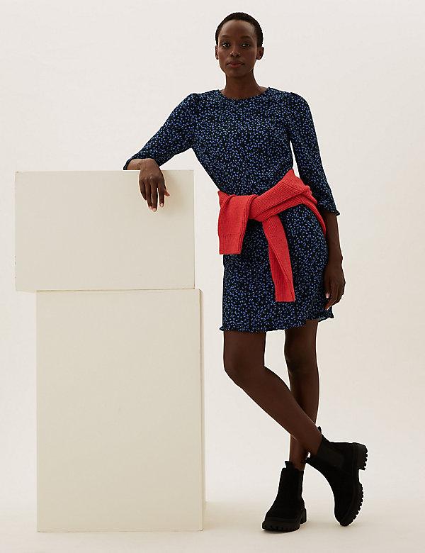 Printed Frill Hem Knee Length Shift Dress