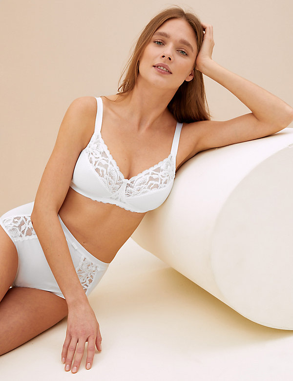 Wild Blooms Non-Padded Full Cup Bra A-E