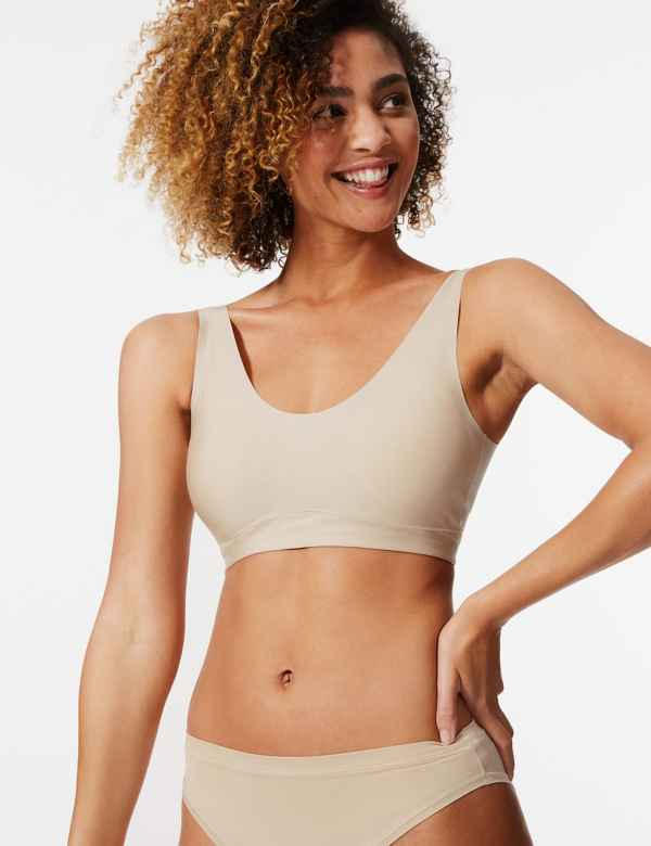 91701caef543d Smoothing Full Cup Crop Top