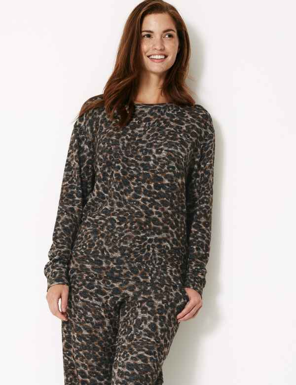 Cosy Knit Animal Lounge Top e016c8c72