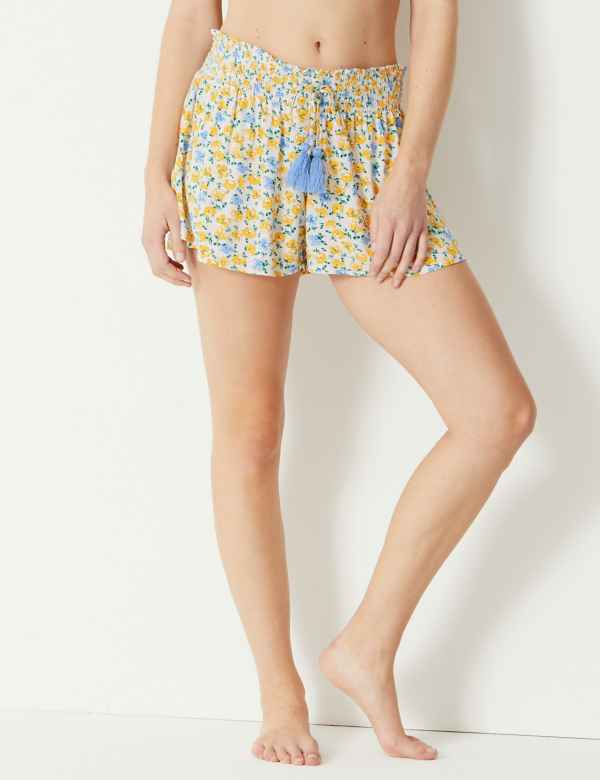 Ditsy Floral Print Pyjama Shorts ac50113ff