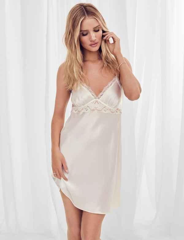 Ex M/&S womens Chemise Satin Dressing Lingerie Gown Wrap Robe Nightwear Nighty