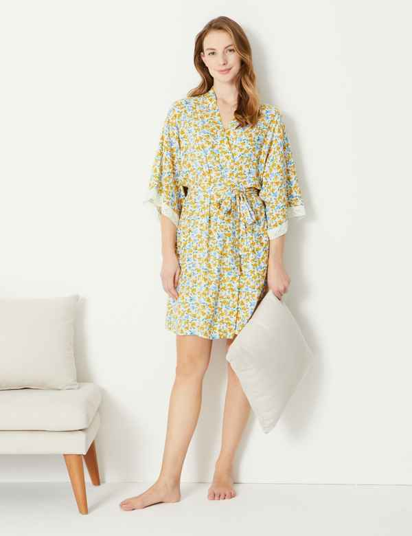 Ditsy Floral Short Dressing Gown 7b7cf52df
