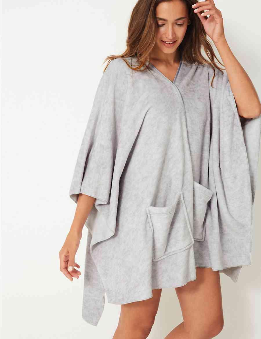 Fleece Short Waterfall Style Dressing Gown  85e14c9c0f