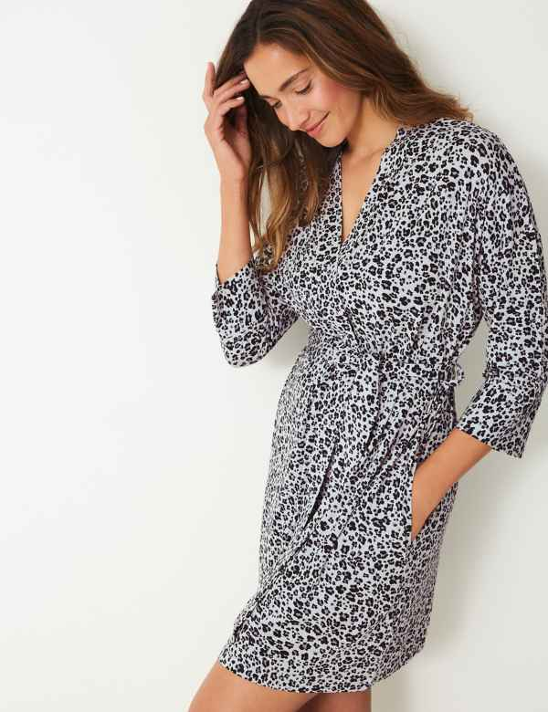 a046f98a06 Animal Short Dressing Gown