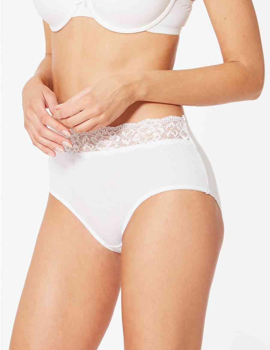 Latina porn full movie threesomes