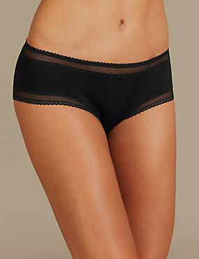 Geometric Lace Trim Low Rise Shorts , BLACK, catlanding