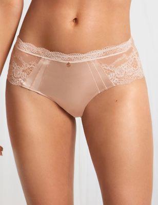 Shorts mit Seide und Spitze