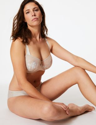 Pornpics amatuer milf outside naked