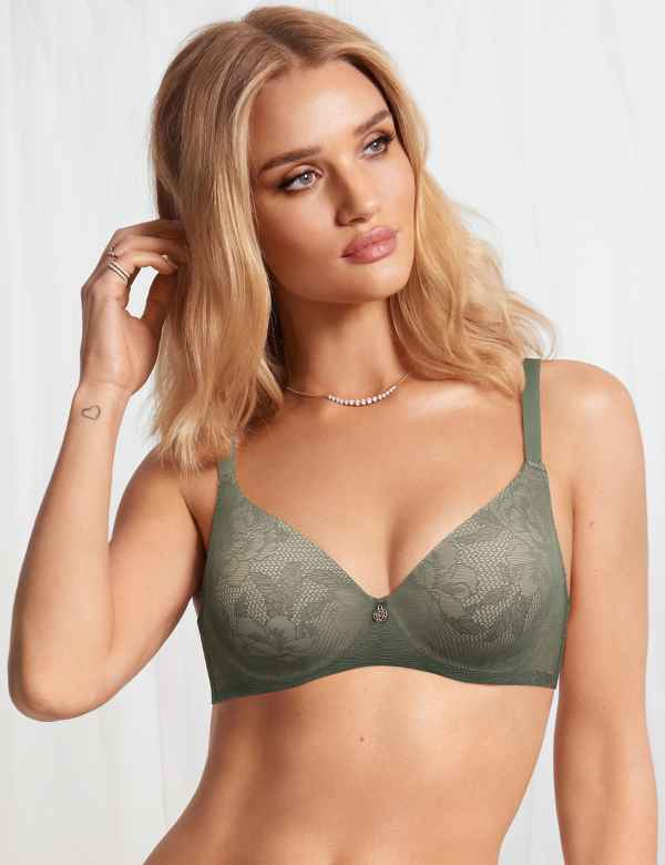 b2fcae9dc0a Smoothing Lace Padded Full Cup Bra A-E