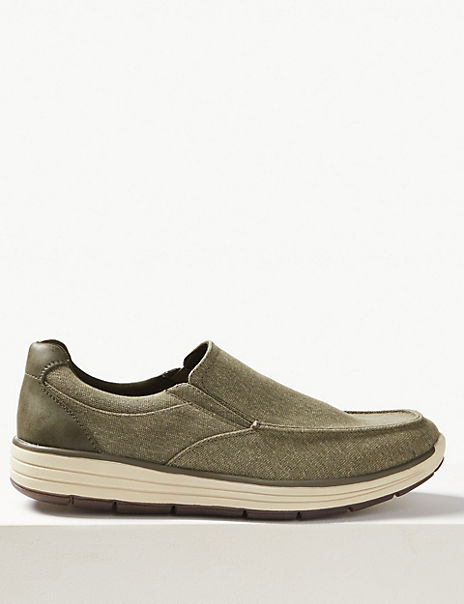 Slip-on Shoes with Freshfeet™