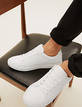 Lightweight Laceup Trainers
