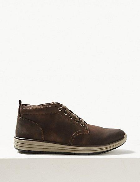 Lace-up Chukka Boots
