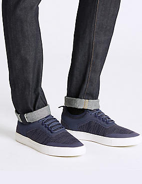 Lace-up Casual Trainers