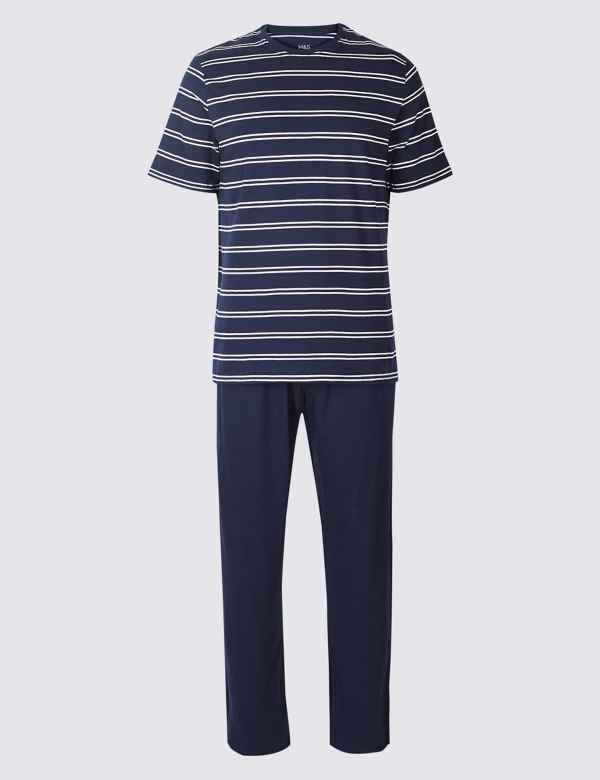 Mens Pyjamas and Nightwear  02246c3c7