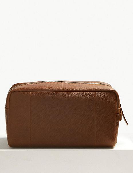 Pebble Grain Leather Washbag