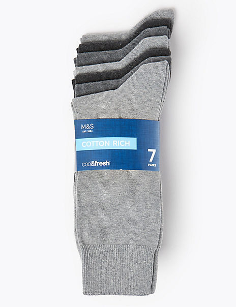 7 Pack Cotton Rich Cool & Fresh™ Socks
