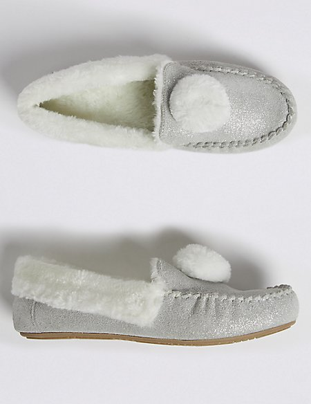 Kids' Moccasin Slippers (5 Small - 6 Large)
