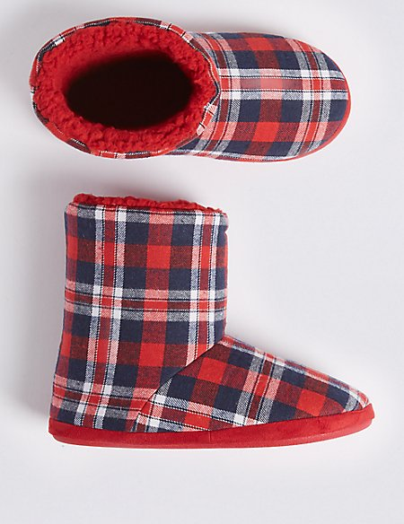 Kids' Checked Boot Slippers (5 Small - 7 Large)