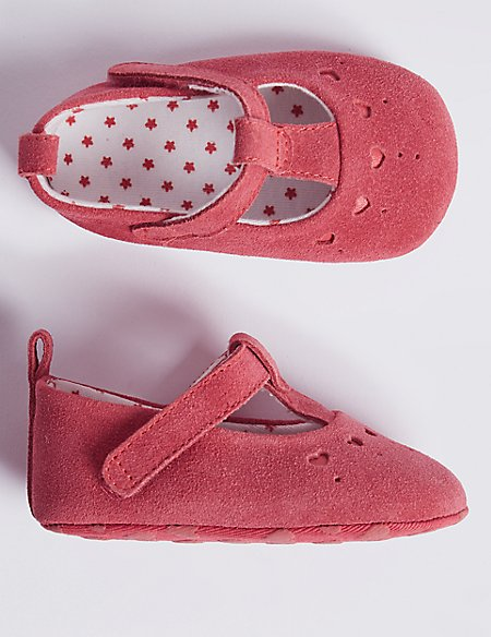 Baby Suede Heart Cut Pram Shoes